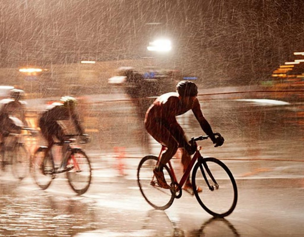 riding in rain with waterproof bike lights 1 1024x800 The FunGadgets Blog